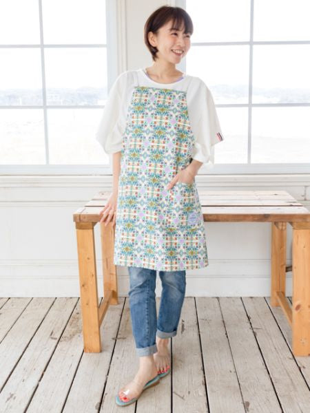Andalusia Tile Pattern Apron