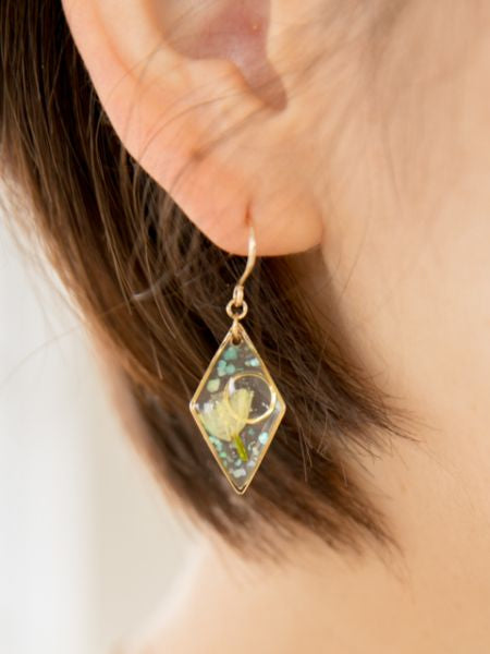 Dried Flower Earrings-Ametsuchi