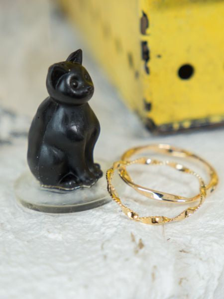 Malta Inspired Rings with Cat Stand