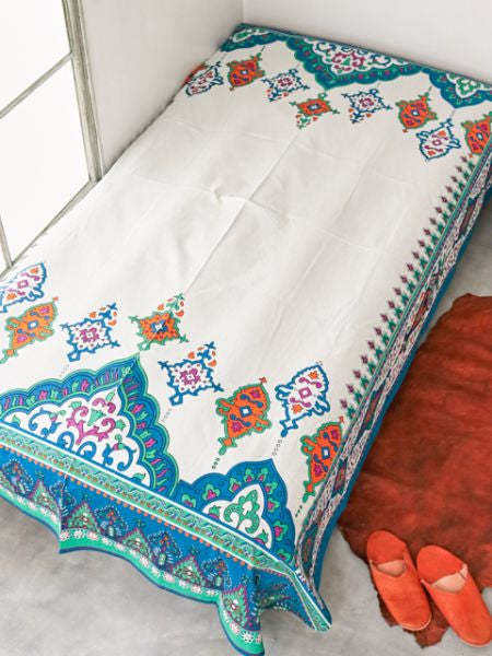 Arabesque Bed Cover Multi Cloth-Ametsuchi