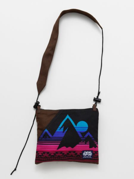 Feel Good Shoulder Bag