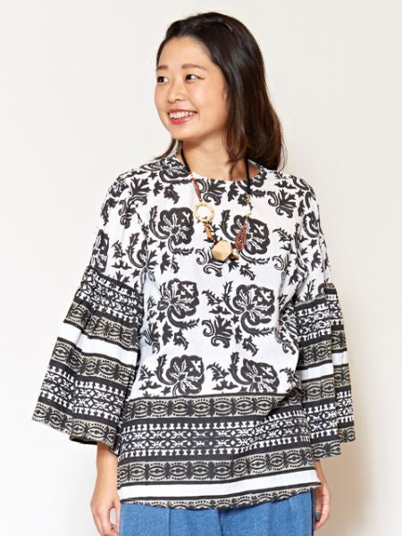 Block Print Flare Sleeve Blouse