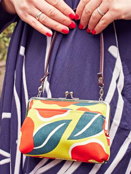 Large Colorful Camelia GAMAGUCHI Bag