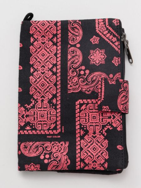 Bandana Pattern Multi Pass Pouch