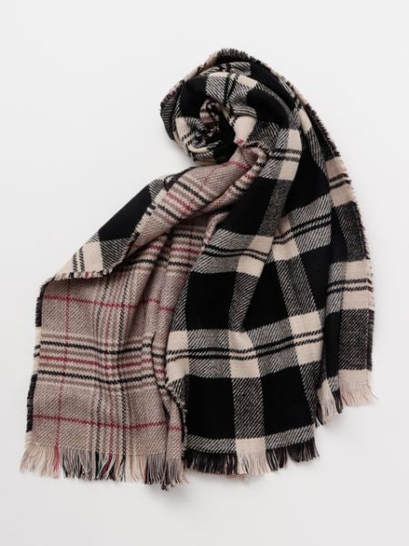 Double Border Tartan Shawl-Scarves-Ametsuchi