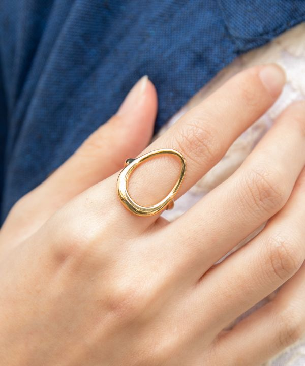 Oval Metal Ring