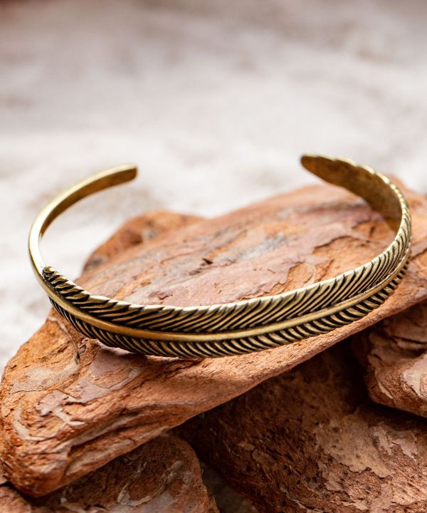 Metal Leaf Bangle