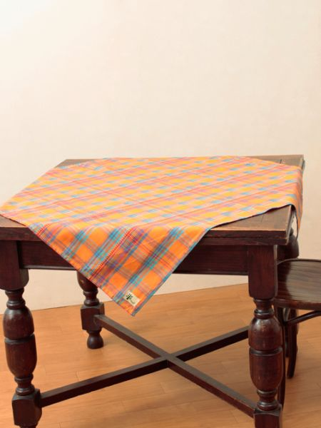 Madras Plaid Table Cloth-Kitchen Goods-Ametsuchi