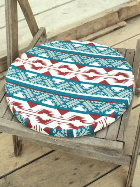 Navajo Pattern Round Cushion