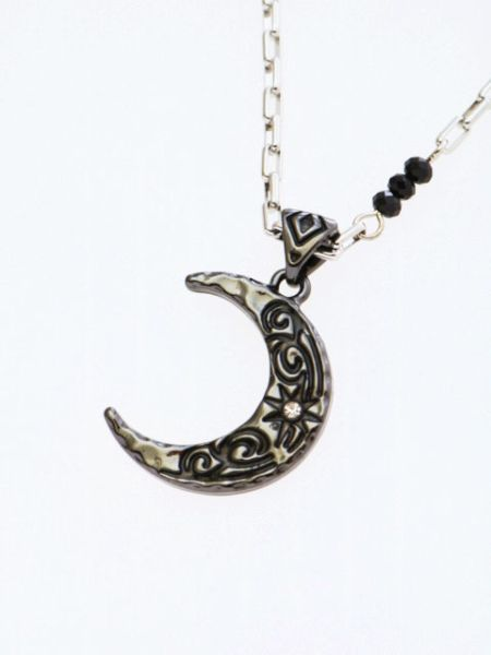 Crescent Moon Metal Necklace-Ametsuchi