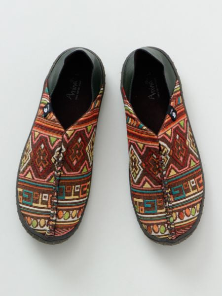 Folklore Slip On Shoes-Ametsuchi
