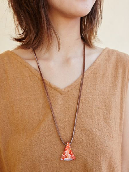Glass Triangle Necklace-Ametsuchi