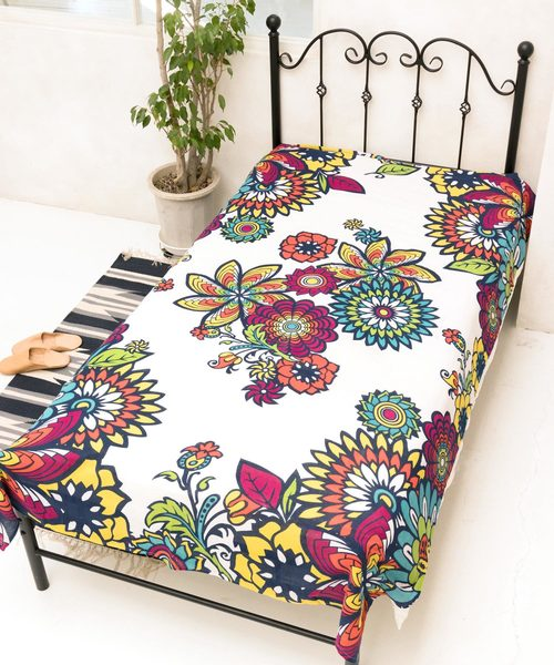 Hippie Retro Floral Bed Cover | Multi Cloth-Bed Linens-Ametsuchi