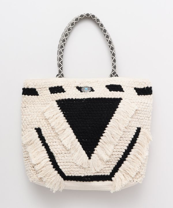 Loop Knitting Fringe Tote Bag