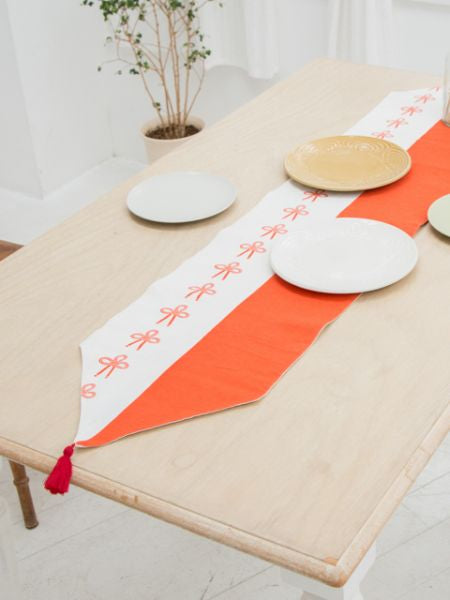 Celebration MIZUHIKI Knot Table Runner