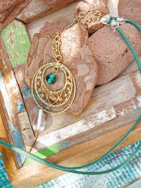 FILIGREE Work Teardrop Necklace