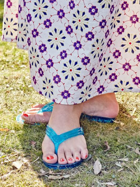 FEEL GOOD Glitter Flip Flops-Ametsuchi