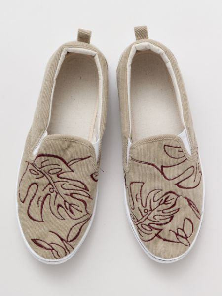 MONSTERA Embroidery Slip On Shoes-Ametsuchi