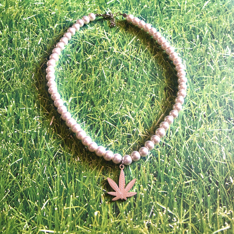 Sativa Pearl Necklace