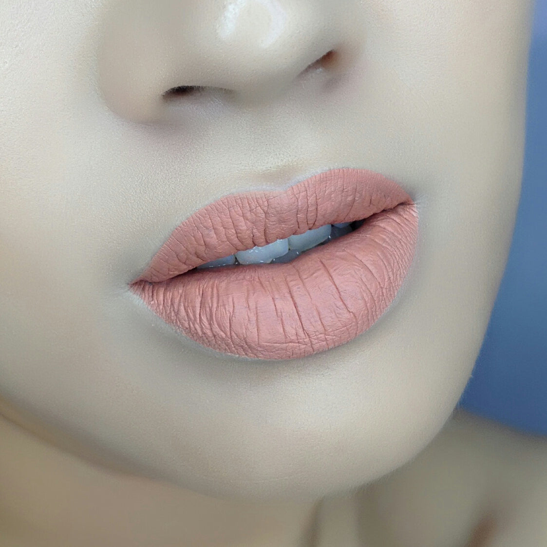 No.2 Nude Lips