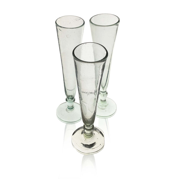 Recycled champagne flute in Clear