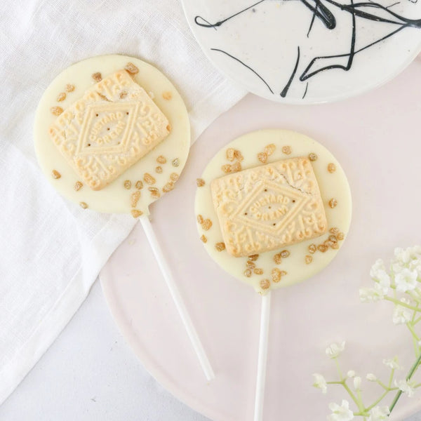 White Chocolate Custard Cream Lollipop