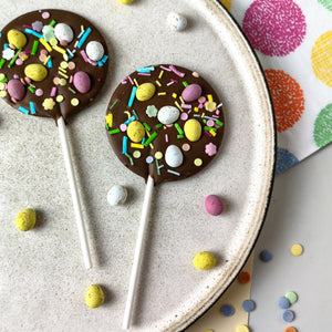 Milk Chocolate Micro Egg Easter Lollipop - The Home Of Fully Loaded boozy Chocolate. Large Slabbs of boozy chocolate with a variety of alcoholic ganaches; gin, rum, whisky, amaretto, baileys and toppings. Available as monthly subscriptions.