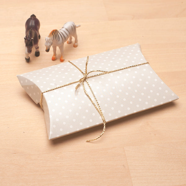 10 light gray/white dots pillow gift boxes