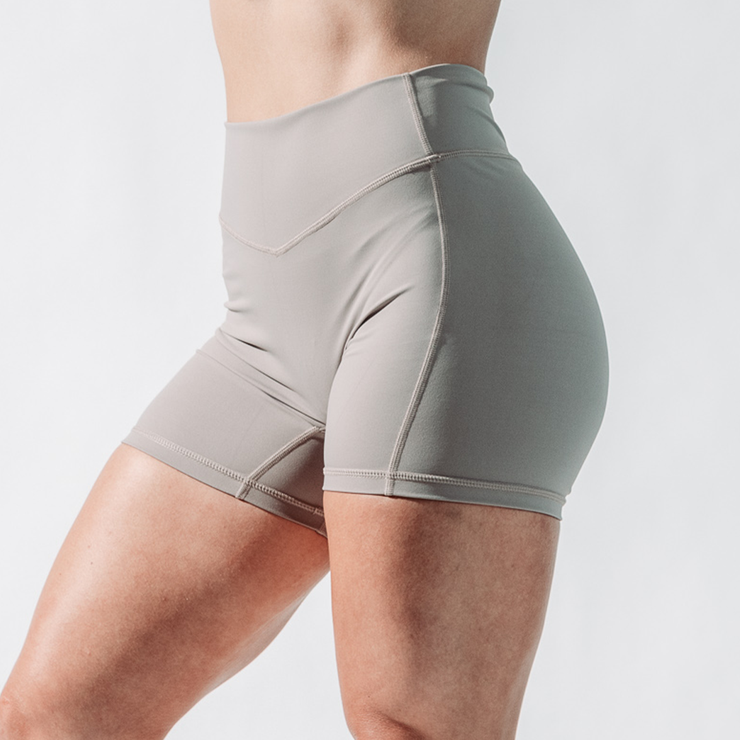Women's Essence Shorts - Sandstone