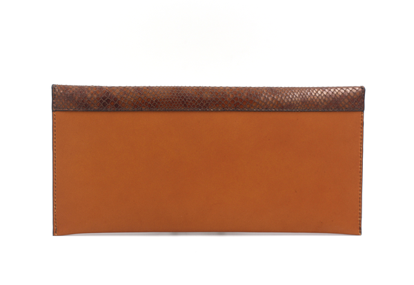 Cognac clutch with fauve flap michael guerisse oleary brussels concept store back