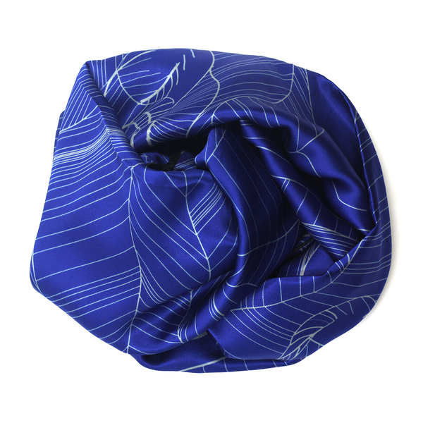 Concept store blue white silk stole munana gatera brussels one