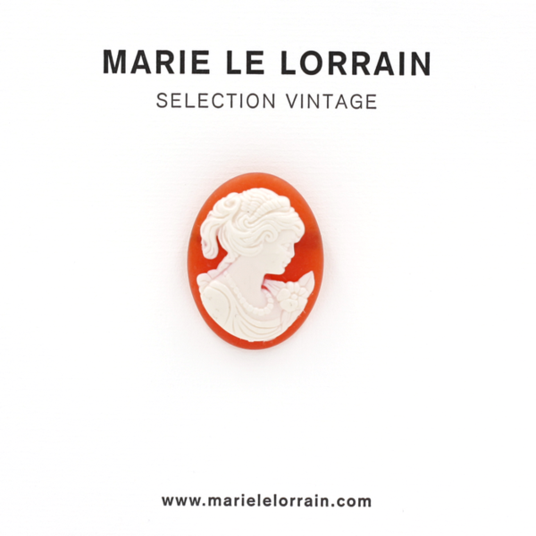 Concept store brussels Marie Le Lorrain Cameo brooch