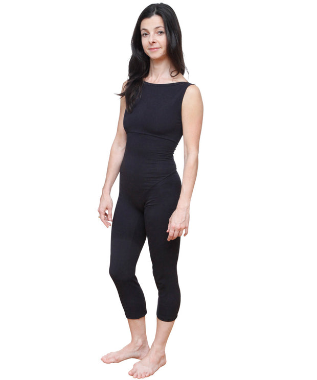 Organic Cotton Boatneck BodySuit  by SteelCore, in our own US-sourced organic cotton that warms to the body and is comfortable through the most demanding workouts.  Layers for casual wear as well, with elastic-free styling that guarantees no riding up or binding, unique hip seaming and no center front seam.  Higher front neckline and scoop back provide coverage and movement freedom.  Made in USA.