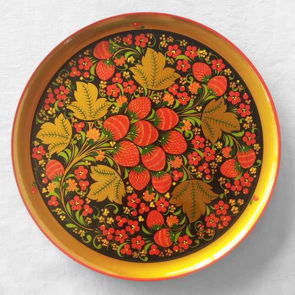 The Roaming Chair Plate Lacquerware Plate 30 cm - Hand Painted Khokhloma
