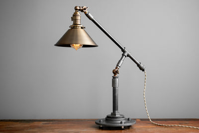 TABLE LAMP MODEL No. 8480