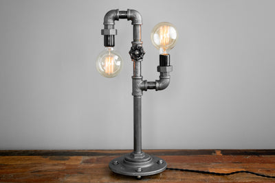 TABLE LAMP MODEL No. 3651