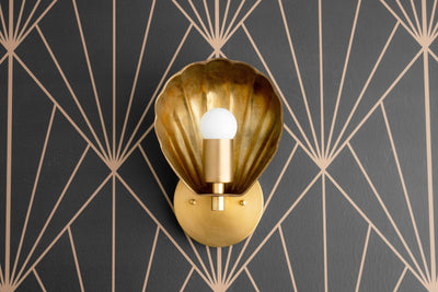 Art Deco - Scallop Shade - Wall Light - Deco Sconce - Sea Shell Light - Deco Brass Light - Brass Sconces - Raw Brass