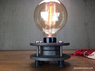 Minimalist Table Lamp - Industrial Lighting - Edison Bulb Lighting