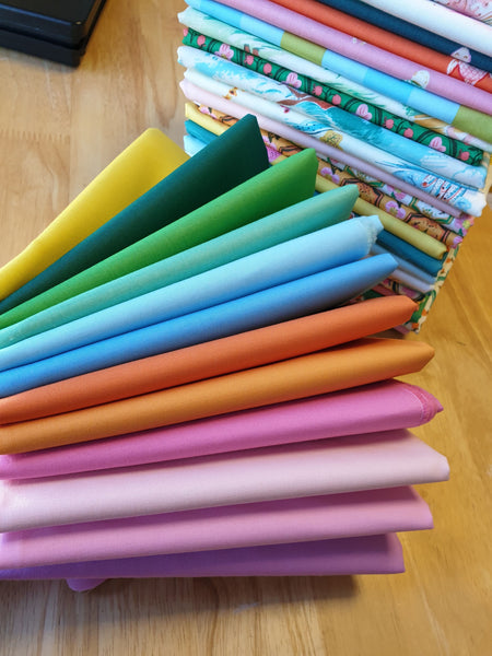 Ruby & Bee Solids - Malibu Co-ordinates Fat Quarter Bundle (12 pieces)