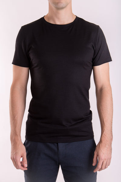 Men's premium crew neck black T-shirt in merino silk blend (180gsm) by Feelwear_ front view close up