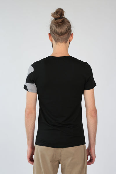 "V-neck T-shirt ""Geometry"" in merino-T-Shirts-Feelwear"