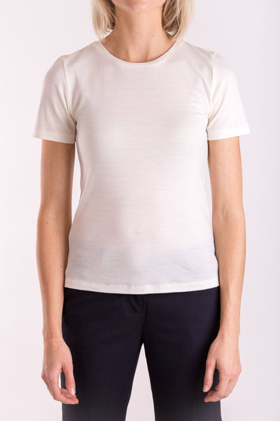 Women's o-neck T-shirt in midweight ivory merino (200gsm) by Feelwear_front view close up