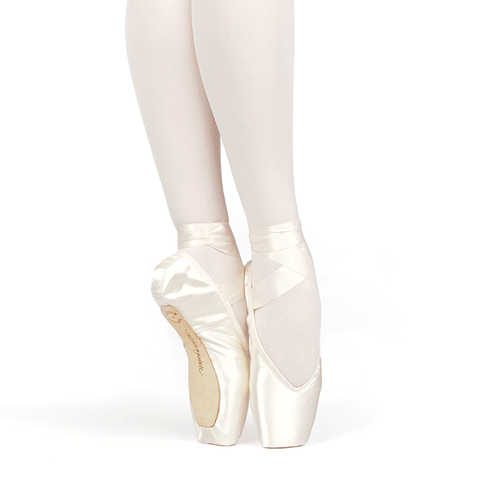 Brava V-Cut Pointe Shoes Flexible Medium Shank