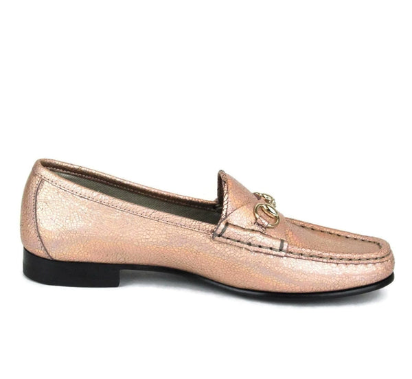 Gucci Authentic Salmon Crackled Leather Shoe For Women - Moccasins