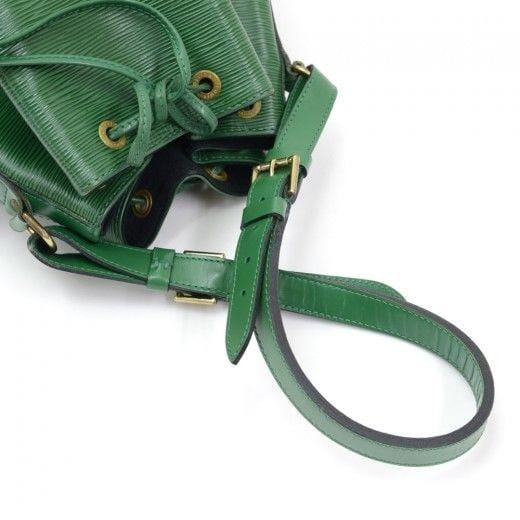 LOUIS VUITTON Noe Large Green Epi Leather Vintage Shoulder Bag