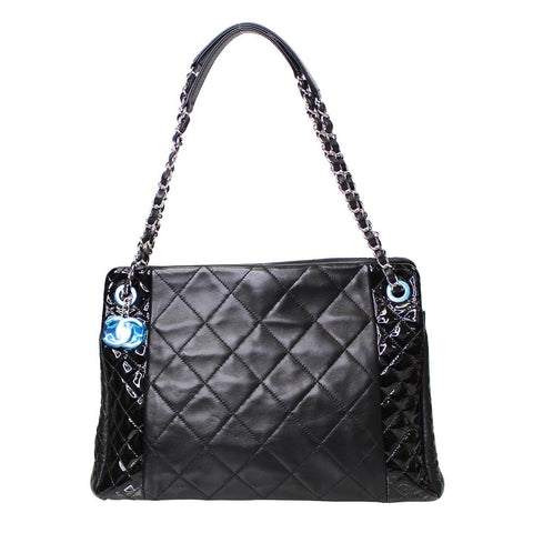 CHANEL CC Charm Quilted Lambskin Patent Leather Tote Bag Black
