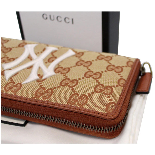 GUCCI Zip Around NY New York Yankees Patch Wallet Brown 547791 - 25% OFF