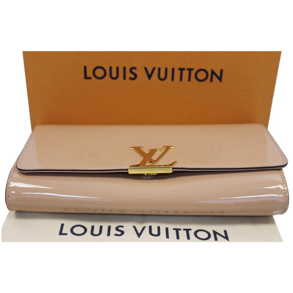 LOUIS VUITTON Louise Patent Leather Long Wallet Nude