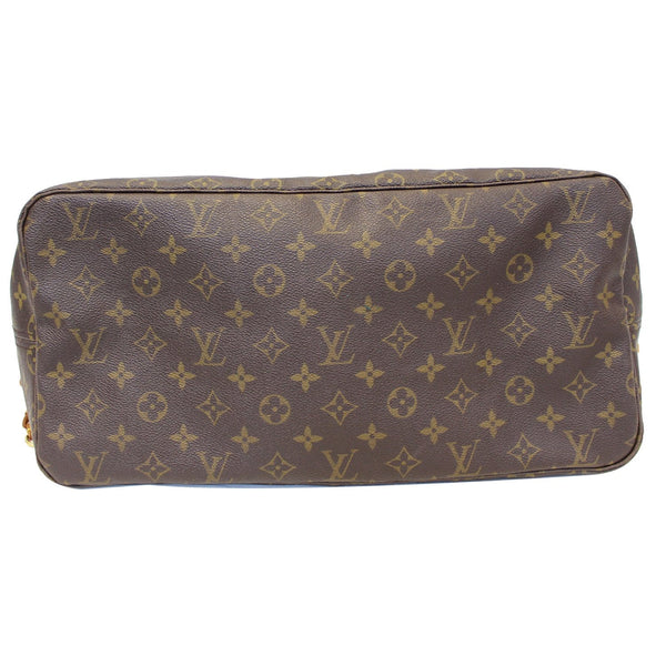Louis Vuitton Neverfull GM Monogram Bag bottom look