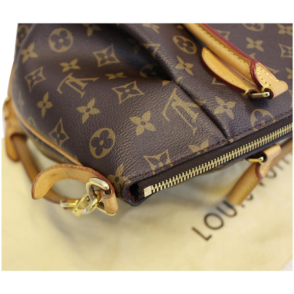 Louis Vuitton Turenne MM Monogram Canvas Zip Bag
